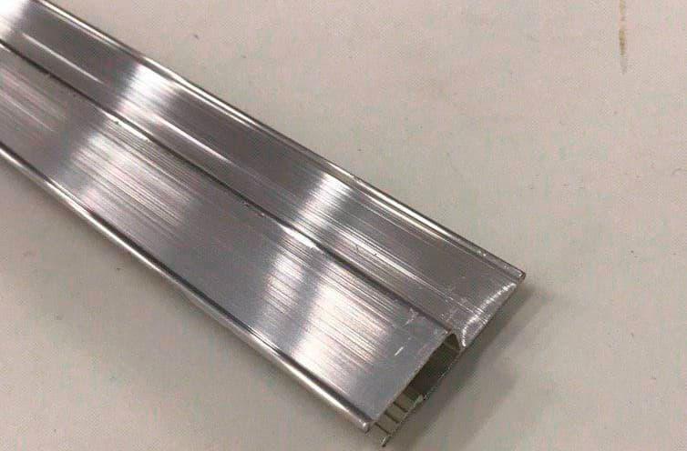 Багет алюминиевый 3